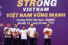 Quang Hải và tuyển thủ Việt Nam truyền cảm hứng và những điều tốt đẹp