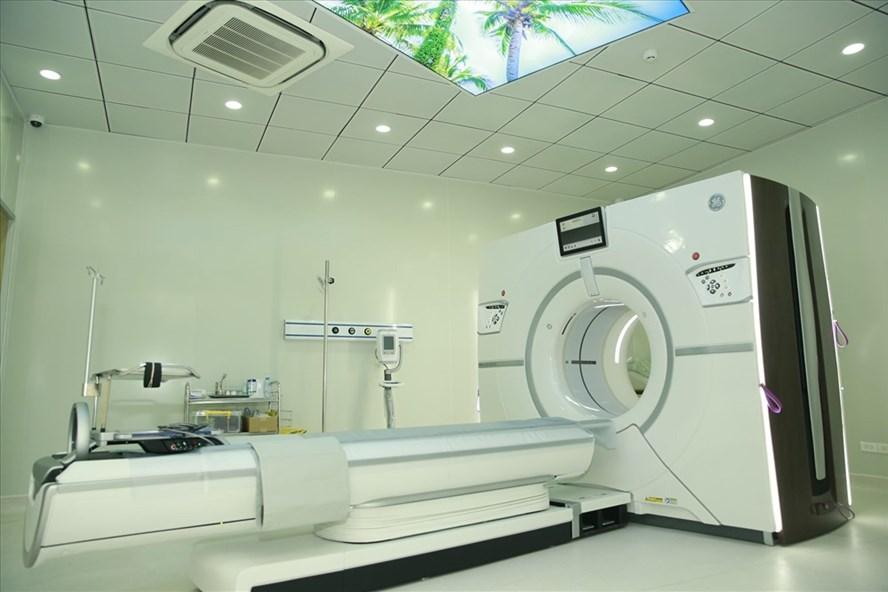 Hệ thống trang thiết bị mới đưa vào phục vụ người bệnh.