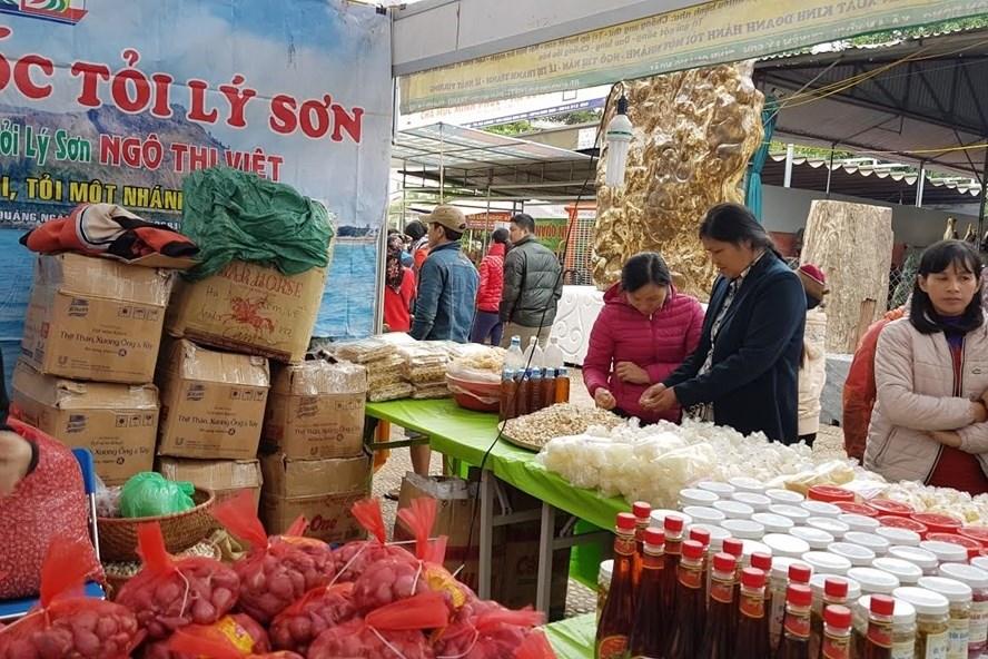 Một trong những gian hàng nông sản của Việt Nam tham gia Hội chợ Agro Viet các năm trước. Ảnh: Kh.V