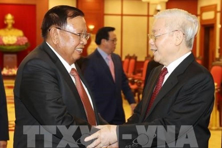 Tổng Bí thư, Chủ tịch Nước Nguyễn Phú Trọng tiếp Tổng Bí thư, Chủ tịch Nước Lào Bounnhang Vorachith ngày 9.8. Ảnh: TTXVN.