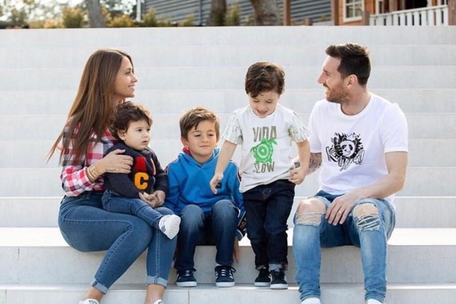 Gia đình hạnh phúc của Messi. Ảnh: Instagram