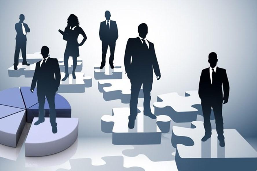 Chủ tịch Hội đồng quản trị công ty mẹ được điều động nhân viên công ty con?