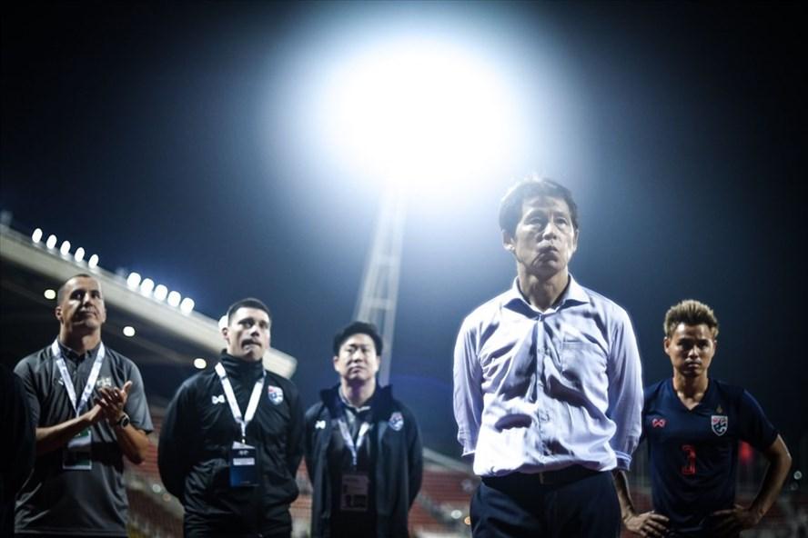 HLV Akira Nishino ra mắt bằng trận hòa 0-0 trước tuyển Việt Nam. Ảnh: Siam Sport