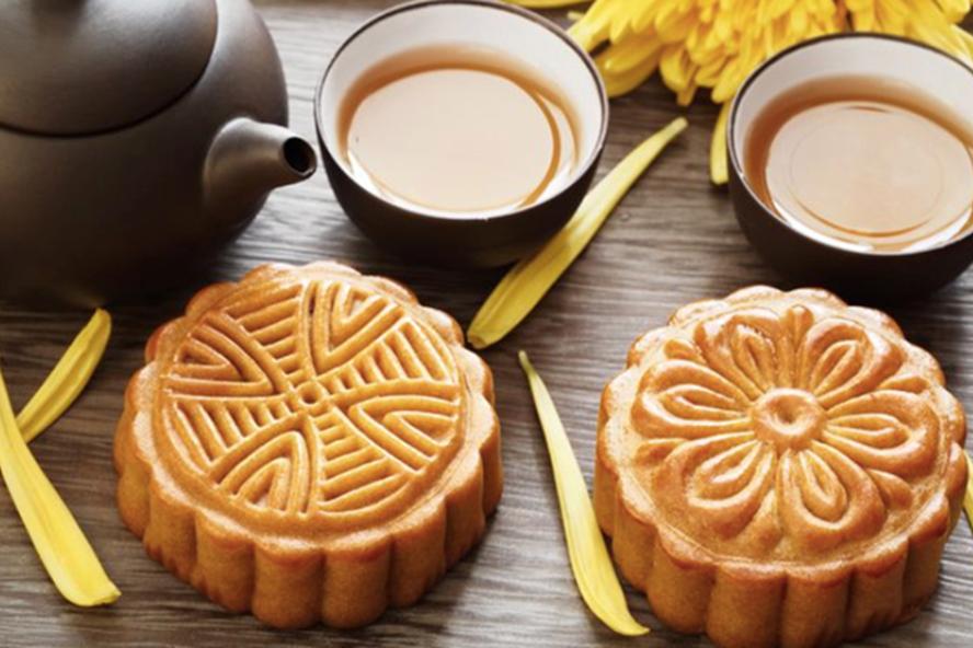 Bánh Trung thu, món ăn truyền thống ngày Rằm tháng Tám. ẢNH: TL.