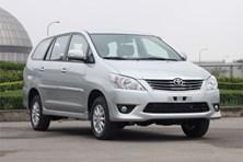 """Vì sao khách hàng Việt """"cắm đầu"""" mua Toyota Innova?"""