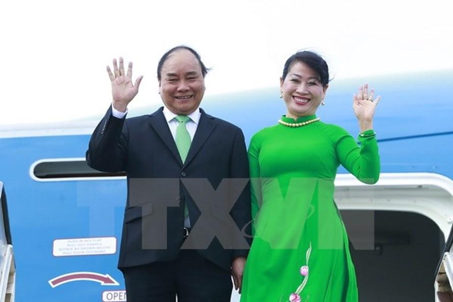 Lễ đón Thủ tướng Nguyễn Xuân Phúc và Phu nhân tại sân bay Schiphol Amsterdam. Ảnh: TTXVN